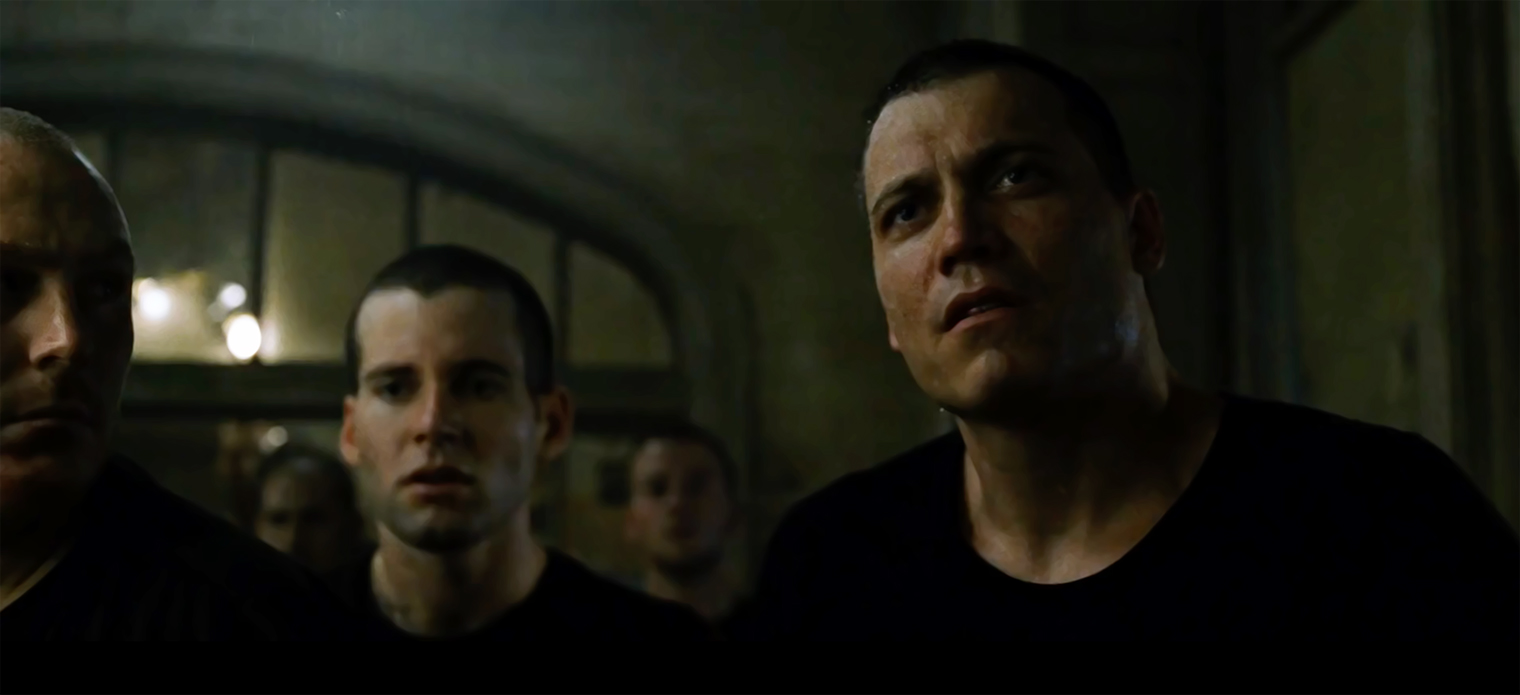 https://holtmccallany.com/wp-content/uploads/2019/11/FightClub2.jpg